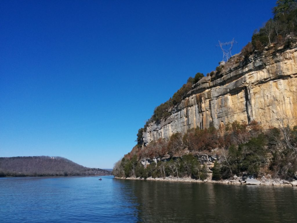 Tennessee River Cliffs